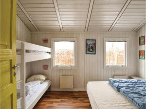 Holiday home Pøt Strandby Dnmk I, Дома для отпуска  Sønderby - big - 5