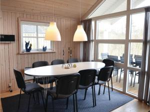 Holiday home Capellavej, Nyaralók  Ørby - big - 7