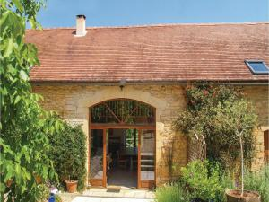 Holiday home Degagnac 99 with Outdoor Swimmingpool, Case vacanze  Dégagnac - big - 18