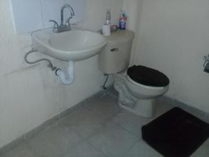 Casa en privada, Alloggi in famiglia  Toluca - big - 3