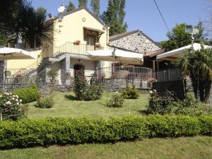 Ai Vecchi Crateri, Загородные дома  Сант'Альфио - big - 1