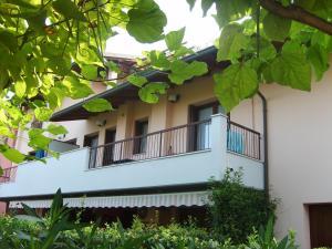 Appartamento al Lago - AbcAlberghi.com
