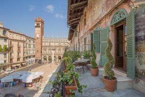 Corte Realdi Suites Piazza Erbe - AbcAlberghi.com
