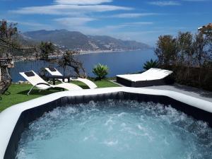 Blue Mood Villa Taormina - AbcAlberghi.com