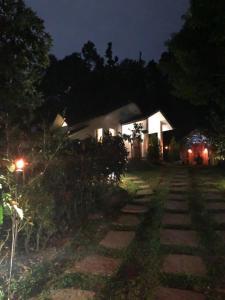 Three Hills Coorg, Villas  Madikeri - big - 24
