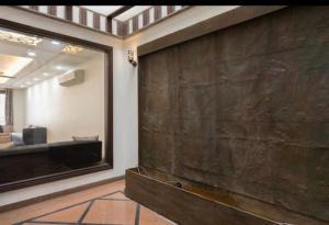 Luxurious! 4bhk apartment, Apartmanok  Újdelhi - big - 25