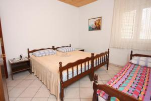 Apartment Nemira 6070a, Apartments  Omiš - big - 4