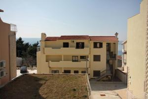 Apartment Nemira 6070a, Apartments  Omiš - big - 16