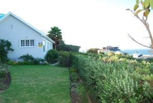 Cottage with Sea View (sleeps 4)