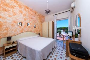Hotel Casa Di Meglio, Отели  Искья - big - 3