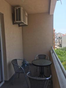 Apartment D's, Ferienwohnungen  Budva - big - 29
