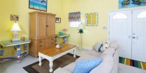Cayman Dream, Vily  Driftwood Village - big - 10
