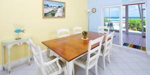 Cayman Dream, Vily  Driftwood Village - big - 13
