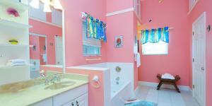 Cayman Dream, Vily  Driftwood Village - big - 15