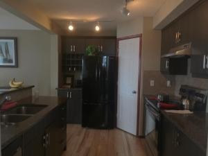 Calgary 3 or 2 Bedroom House, Vendégházak  Calgary - big - 14
