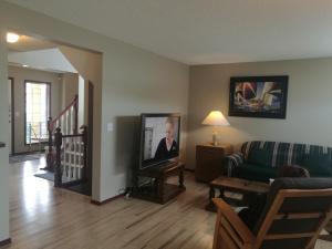 Calgary 3 or 2 Bedroom House, Vendégházak  Calgary - big - 16