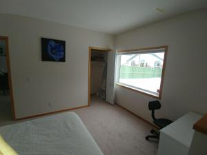 Arbour Lake Spacious Guest Suite, Affittacamere  Calgary - big - 23