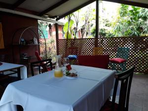Korina's Guesthouse, Гостевые дома  Ханга-Роа - big - 46