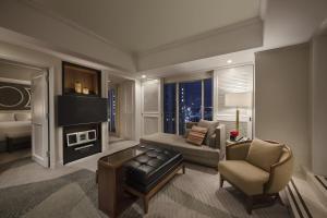 King Terrace Suite