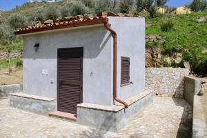 Il Giglio, Фермерские дома  Pettineo - big - 20