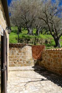 Il Giglio, Фермерские дома  Pettineo - big - 4