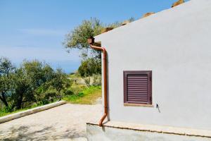 Il Giglio, Фермерские дома  Pettineo - big - 11