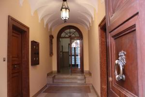 Carbonara Apartment - AbcAlberghi.com