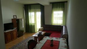Apartman br 2, Apartmány  Bijeljina - big - 2