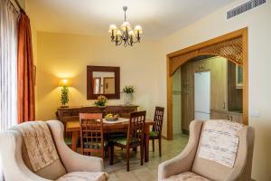 Apartamentos Turísticos Casa de La Borrega, Appartamenti  Estepona - big - 41