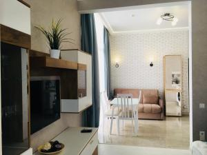 Apartment Na Bulvar Nadezhd 6/2, Ferienwohnungen  Adler - big - 9