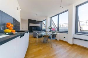Hintown Perfect Penthouse next to Acquario - AbcAlberghi.com