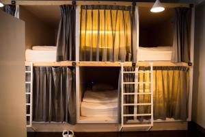 Capsule in 16 Capsule bed Mixed Dormitory Room