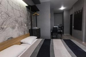 Solo Apartment Virmenska, Апартаменты  Киев - big - 22