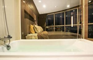 Sky walk condominium, Apartments  Bangkok - big - 28