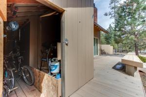32 Cabin Cluster Ln, Дома для отпуска  Sunriver - big - 26