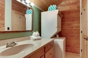32 Cabin Cluster Ln, Дома для отпуска  Sunriver - big - 33