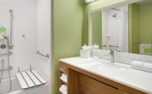 Home2 Suites by Hilton Charlotte Airport, Hotely  Charlotte - big - 5