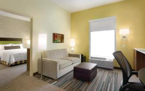 Home2 Suites by Hilton Charlotte Airport, Hotely  Charlotte - big - 8