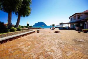 Villa Corallo by DdV, Apartmanok  Olbia - big - 60