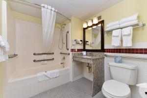 AmericInn by Wyndham St. Cloud, Отели  Saint Cloud - big - 18