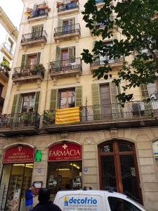 Bd, Проживание в семье  Барселона - big - 181