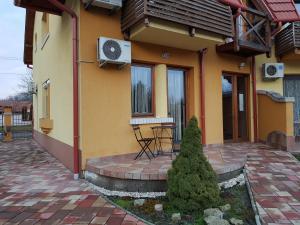 Magnólia Apartman, Ferienwohnungen  Gyula - big - 32
