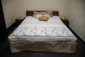 Hotel and Hostel Barkhat