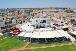 Polyxenia Isaak Luxury Villas and Apartments, Apartments  Protaras - big - 52