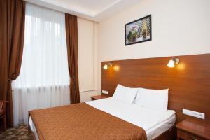 Business Tourist Hotel