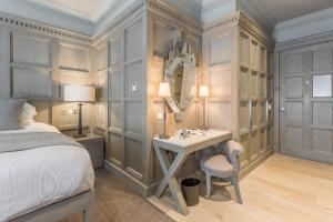 Feature Double or Twin Room