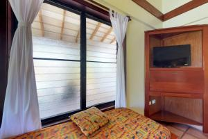 Condo #22 @ Beachside Villas, Ferienwohnungen  Seine Bight Village - big - 6