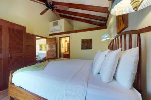 Condo #22 @ Beachside Villas, Ferienwohnungen  Seine Bight Village - big - 19
