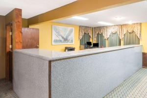 Super 8 by Wyndham Bossier City/Shreveport Area, Hotely  Bossier City - big - 29