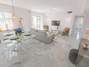 Los Naranjos Duplex, Apartmanok  Marbella - big - 1